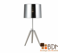 lámpara metálica de mesa