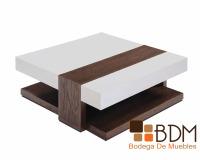 mesa vanguardista de madera