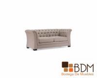 Sofá cómodo elegante