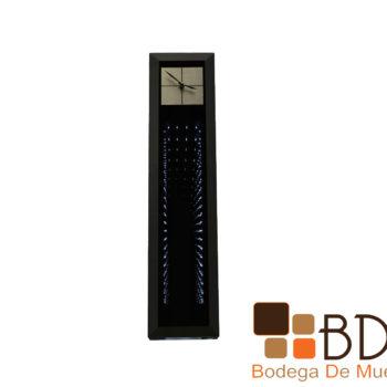 Reloj alto elegante moderno de piso