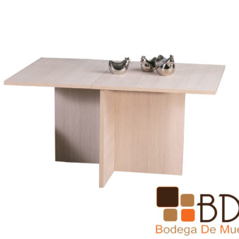 Mesa moderna para comedor cubierta lisa
