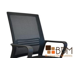 Silla elegante de oficina con tapizado tecno tela