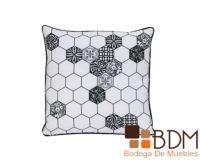 Cojin cuadrado para decoracion forrado en tela
