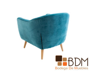 Sillon individual con patas de madera color natural