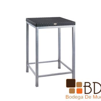 Mesa elegante alta de exterior