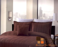 Edredon king size moderno para cama color cafe