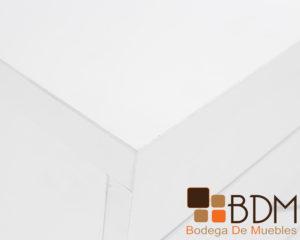 Escritorio moderno para oficina con archivero color blanco