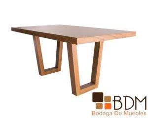 Mesa rectangular moderna para comedor color miel